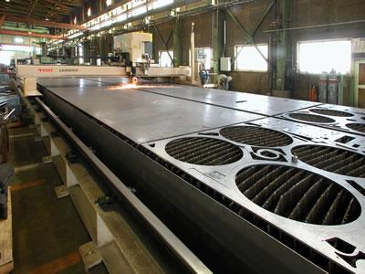 2KWレーザー切断機(小池酸素工業)