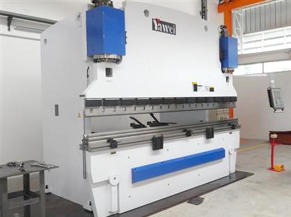 CNC Pressbrake-ブレーキプレス-(Yawei)